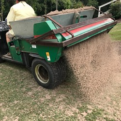 TOPDRESSING A